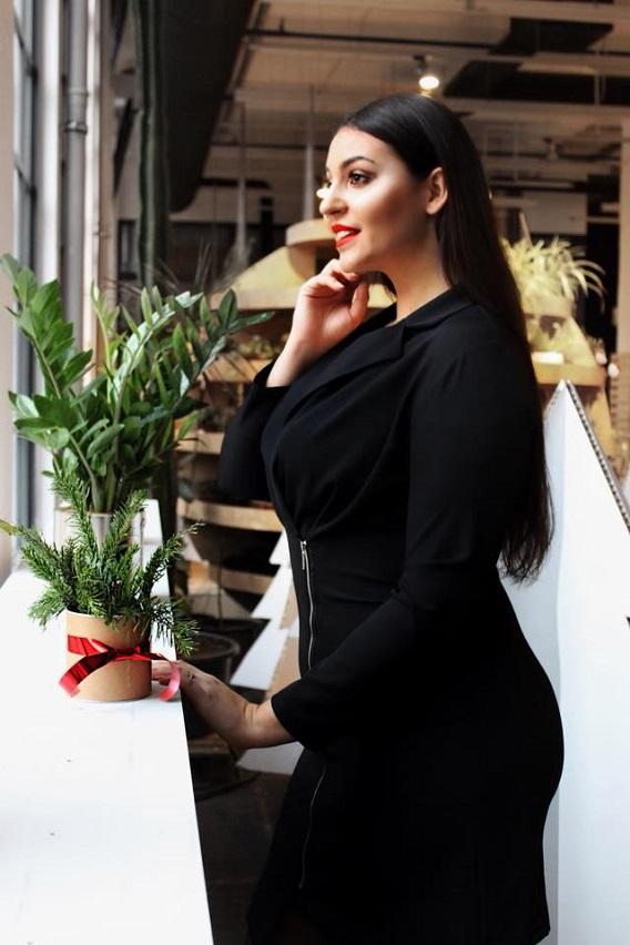 Odzież damska plus size Tono – bądź modna w każdym rozmiarze